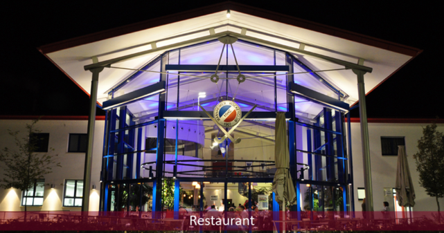 Am 14.02. lud das Restaurant Glashaus in Mannheim zum Valentinstags-Menü ein. Neben kulinarischen Köstlichkeiten des Glashaus-Teams habe ich die Restaurantgäste über den Abend hinweg magisch begleitet: Denn zwischen den Gängen… Ganzen Beitrag lesen